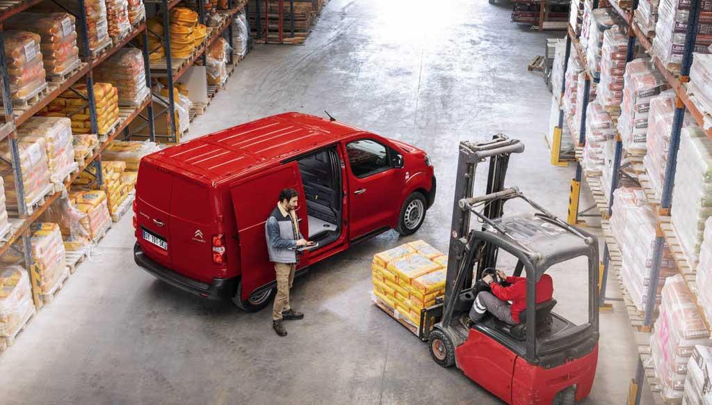 alquiler de furgonetas en Tales
