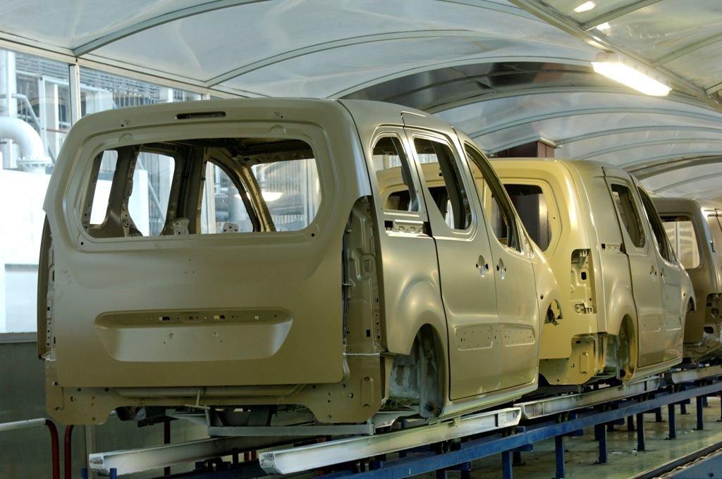 alquiler de furgonetas en Parres